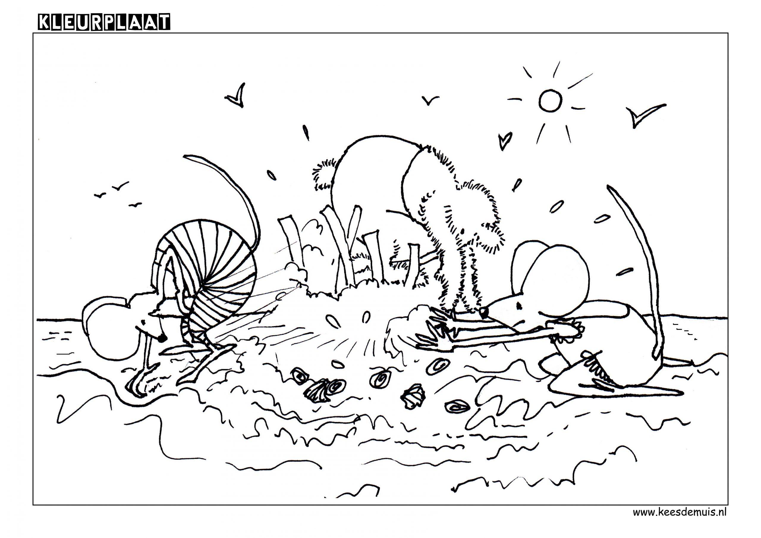 Kleurplaat strand zand taart spelen | Kees de Muis